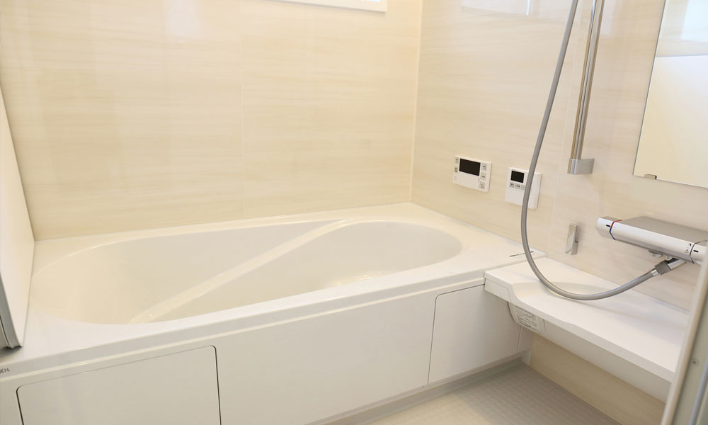 リフォーム後のきれいな浴室